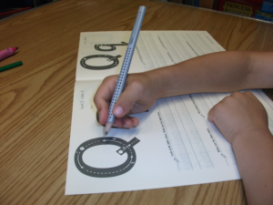 correct handwriting grip