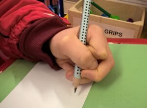 Learning to grip pencil correctly helps ability to write